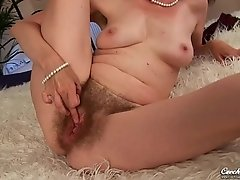 Evelyn  Czech Cougar - Hairy hard sex